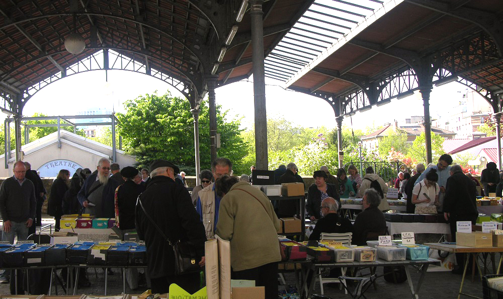 Salon des collectionneurs de cartes postales - CFCCP - paris 15
