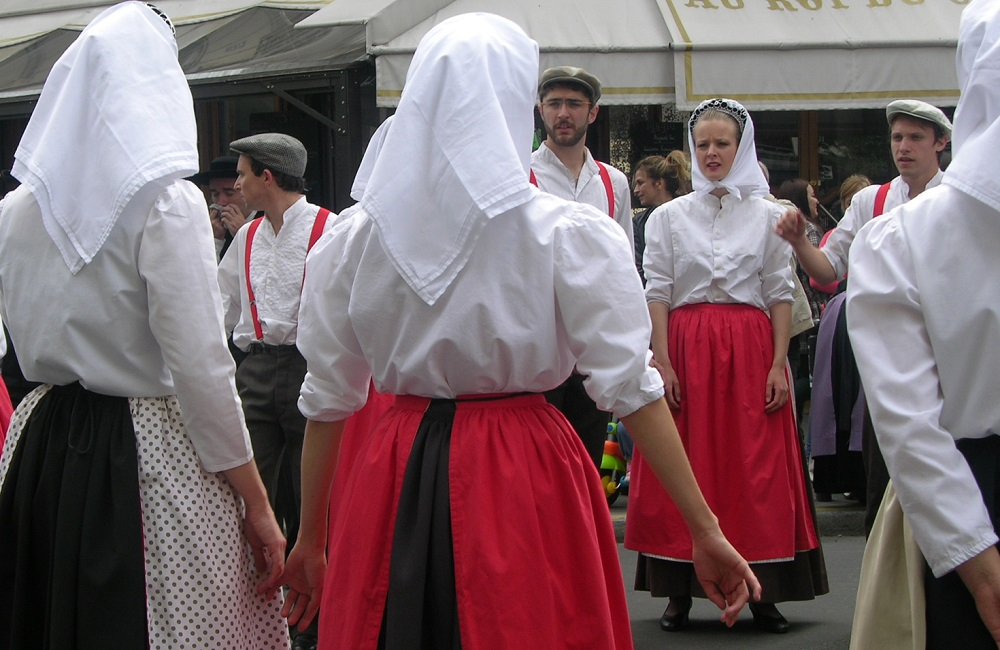 Fete Bretagne 2015 - Breizh parade - Cercle Celtique Poissy - Paris 15