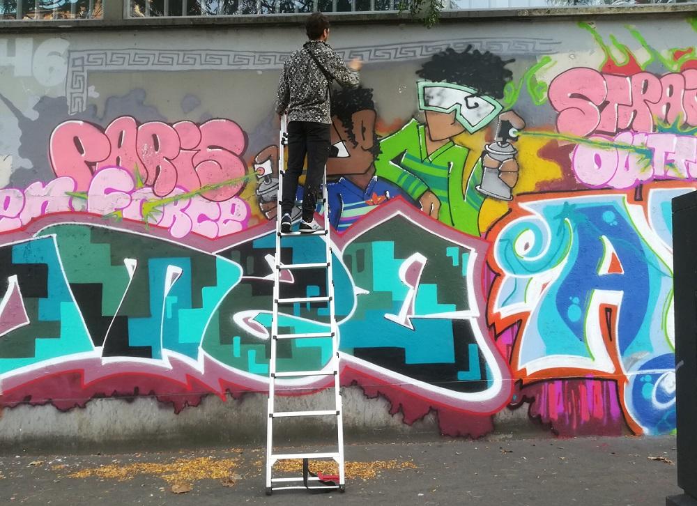 Jumelage Paris Berlin - 30 ans - street art - graffeur au travail - Paris 15