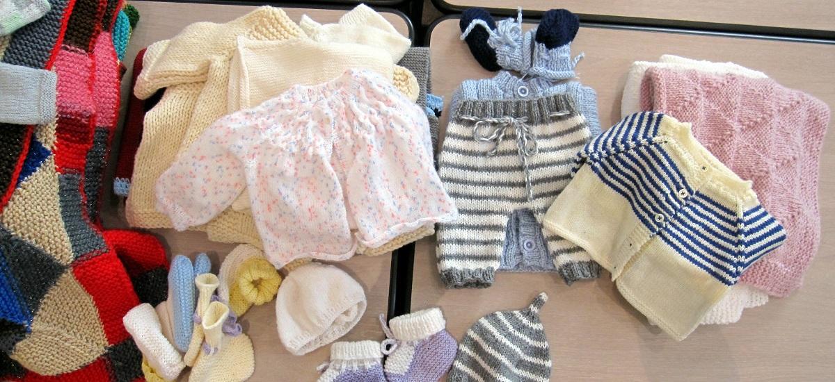 Atelier tricotez coeur - trousseaux bébé - mairie paris 15ème arrondissement
