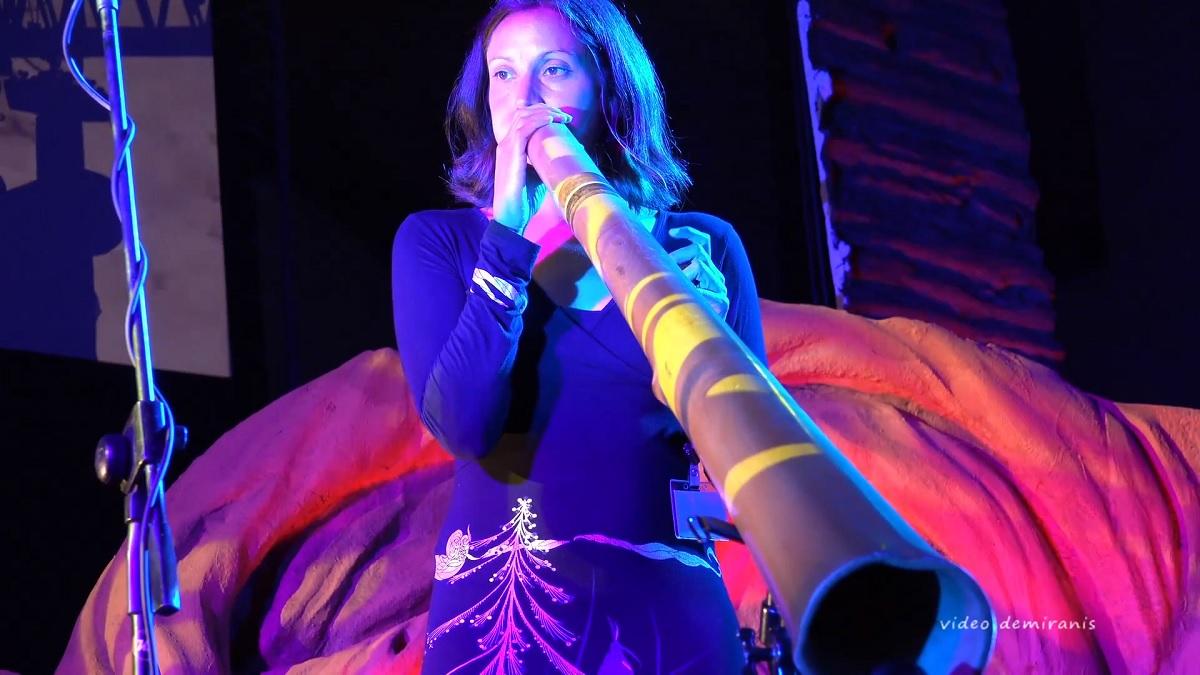 Adele Blanchin - didgeridoo - concert - paris 15eme arrondissement (c) festival Didjin'Oz 2017