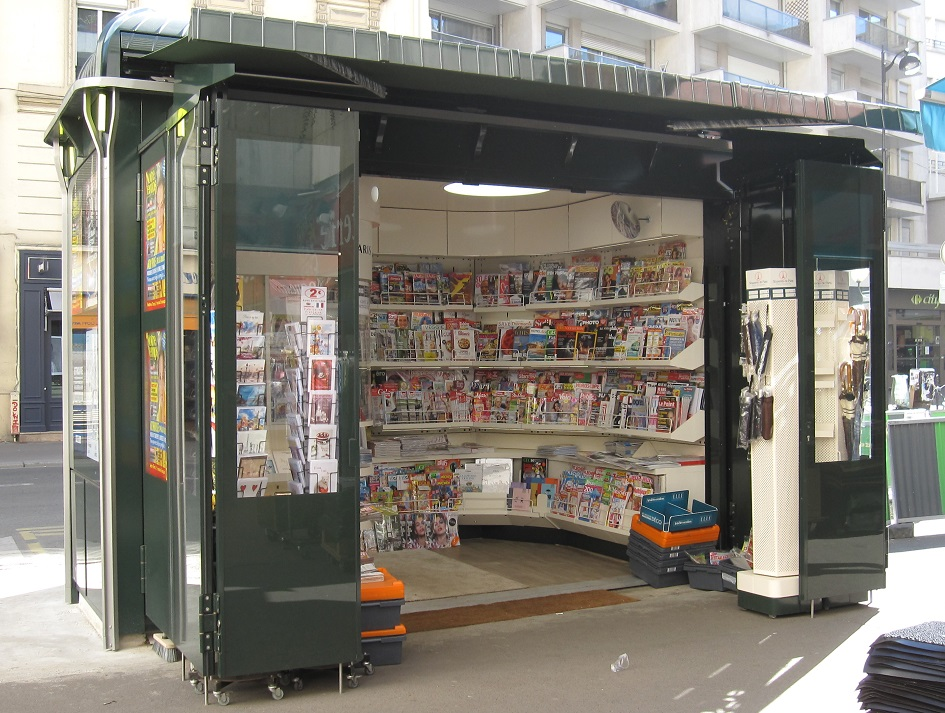 Nouveau kiosque presse - 334 rue Vaugirard - Paris 15