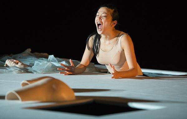 Kaori Ito - robot amour éternel - monfort théâtre - Paris 15