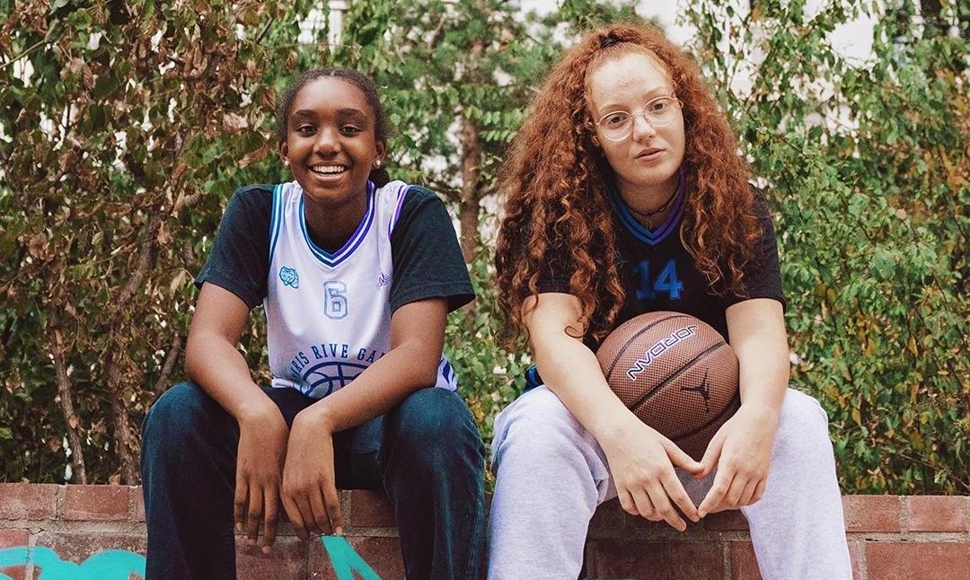 Deux clubs de basket du 15ème se mobilisent pour le sport au féminin